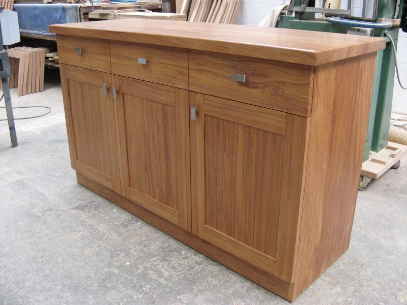 Rimu 3 Drawer and Door Buffet