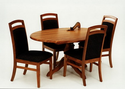 Pittsburg Dining Table